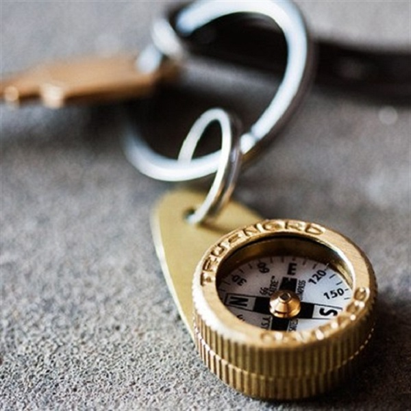 Squee Everyday Carry Compass